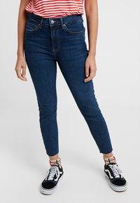 Topshop Petite - VINTAGE RAW HEM JAMIE             - Jeans Skinny Fit - indigo - 0