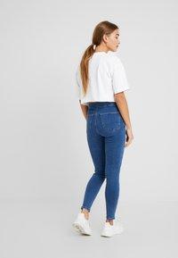 Topshop Petite - JONI CLEAN - Jeans Skinny Fit - blue denim - 2