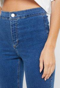 Topshop Petite - JONI CLEAN - Jeans Skinny Fit - blue denim - 4