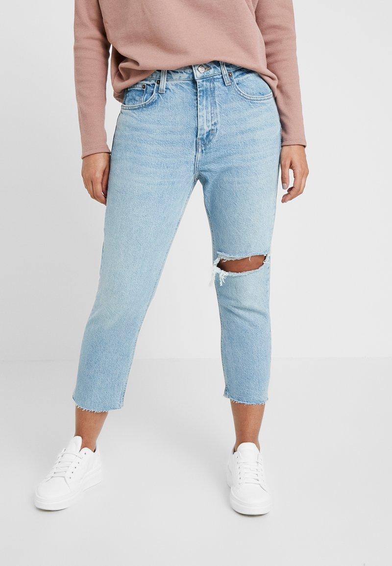 Topshop Petite - THIGH RIP - Straight leg jeans - bleached denim