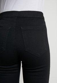 Topshop Petite - JONI CLEAN - Jeans Skinny Fit - black - 3