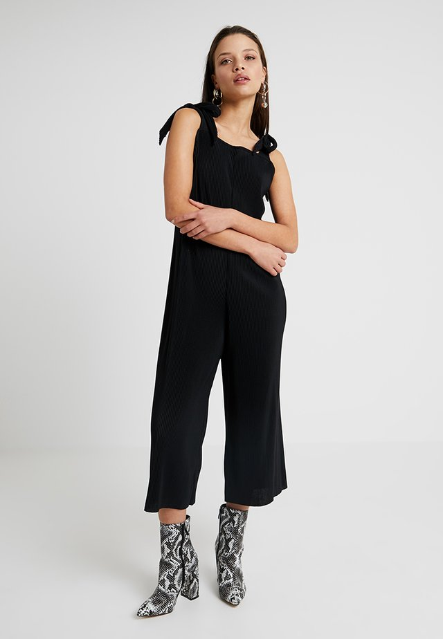 PLISSE TIE ROMPER - Jumpsuit - black