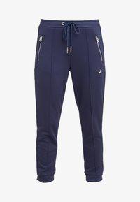 True Religion - PANT STRIPE SOLID  - Spodnie treningowe - navy - 3