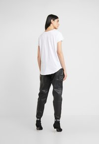 True Religion - CRYSTAL TEE - Print T-shirt - white - 2