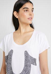 True Religion - CRYSTAL TEE - Print T-shirt - white - 3