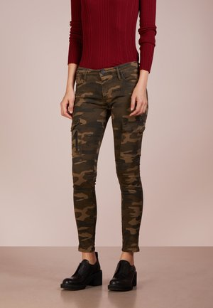 HALLE - Jeans Skinny Fit - green
