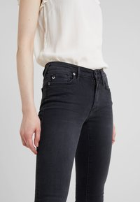 True Religion - HALLE MODFIT - Jeans Skinny Fit - black - 4