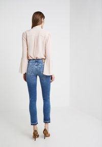 True Religion - HALLE - Jeans Skinny Fit - blue - 2