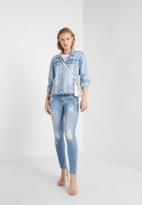 True Religion - HALLE LACEY  - Jeans Skinny Fit - blue denim - 1