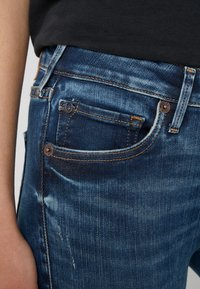 True Religion - JENNIE BANDS DESTROY - Jeans Skinny Fit - blue - 5