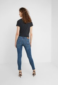 True Religion - JENNIE BANDS DESTROY - Jeans Skinny Fit - blue - 2