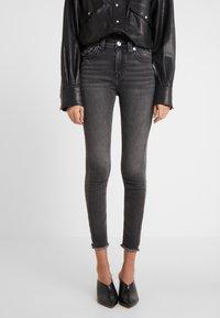 True Religion - HALLE HIGH RISE SMOKY  - Jeans Skinny Fit - dark grey - 0