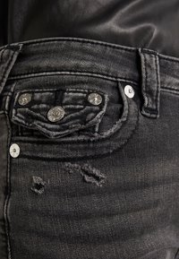 True Religion - HALLE HIGH RISE SMOKY  - Jeans Skinny Fit - dark grey - 5