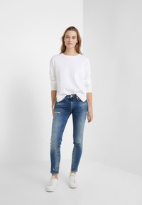 True Religion - HALLE LACEY - Jeans Skinny Fit - deep blue - 1