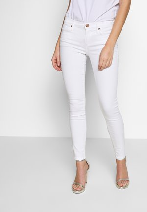 NEW HALLE KICK FLAIR CROP WHITE - Jeans Skinny Fit - white denim