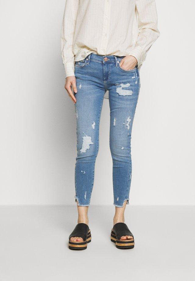 HALLE SPECIAL  - Jeans Skinny Fit - blue denim