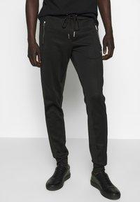 True Religion - PANT - Pantalones deportivos - black - 0