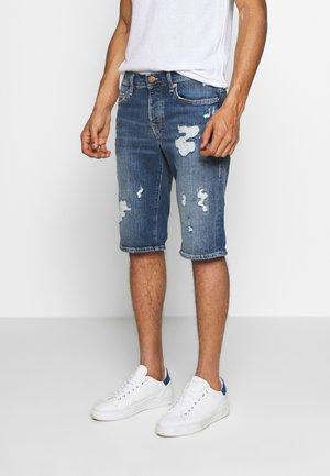 NEW ROCCO BERMUDA - Shorts di jeans - blue denim