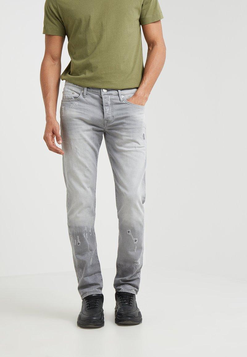 True Religion - NEW ROCCO COMFORT - Jeans Slim Fit - slate grey