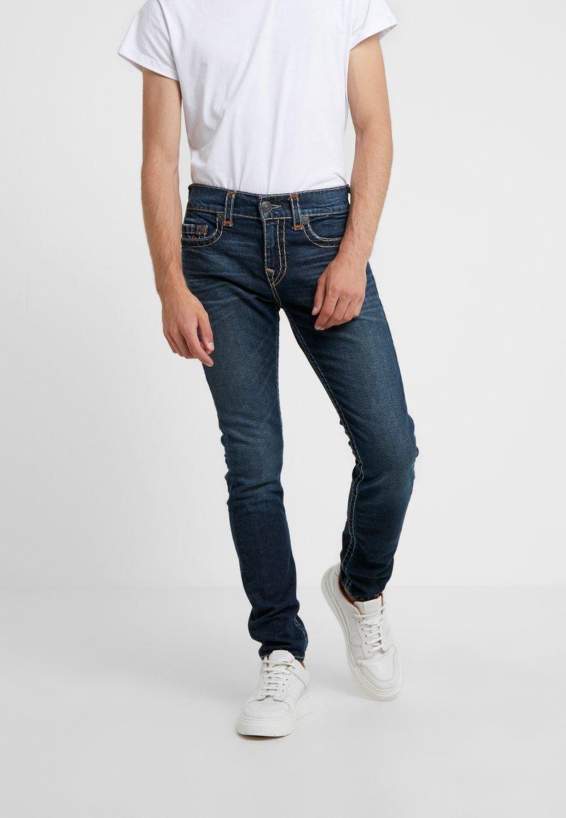 True Religion - ROCCO SUPER - Jeans Slim Fit - blue denim