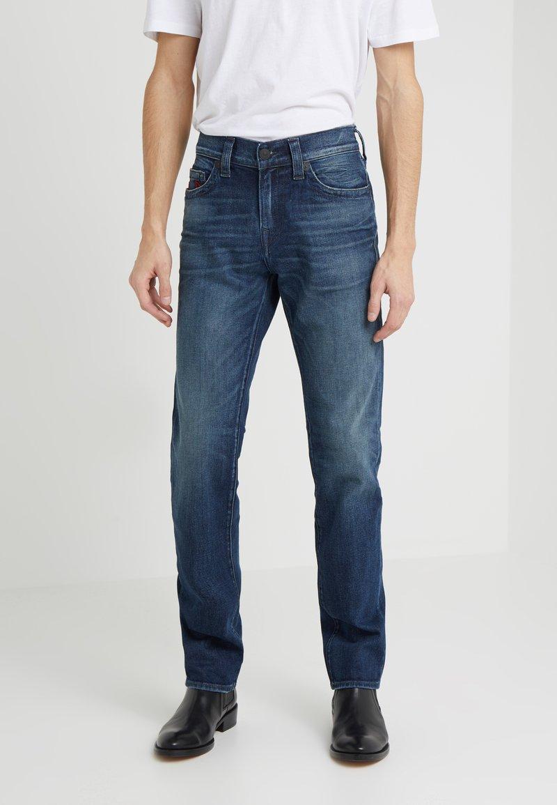 True Religion - ROCCO - Slim fit jeans - medium indigo