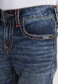 True Religion - ROCCO SUPER NO FLAP  - Jeans Slim Fit - light dust - 3