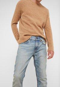 True Religion - ROCCO SUPER  - Jeans slim fit - raw fiber - 3