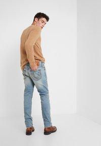 True Religion - ROCCO SUPER  - Jeans slim fit - raw fiber - 2