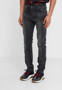 True Religion - ROCCO SUPER STRETCH - Džíny Slim Fit - black - 0