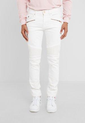 ROCCO BIKER - Jeans slim fit - white
