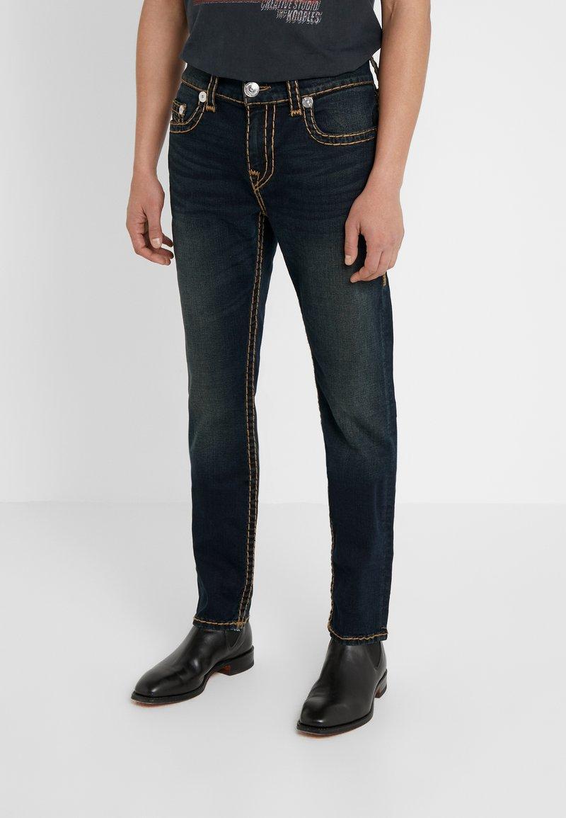 True Religion - ROCCO NO FLAP SUPER  - Jeans straight leg - dark blue denimn