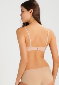 Triumph - BODY MAKE UP - Soutien-gorge invisible - smooth skin - 2