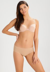 Triumph - BODY MAKE UP - Soutien-gorge invisible - smooth skin - 1
