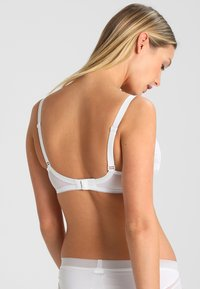 Triumph - BEAUTY FULL DARLING - Beugel BH - white - 2