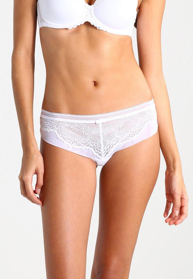 BEAUTY FULL DARLING HIP - Pants - white