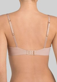 Triumph - BODY MAKEUP - Soutien-gorge invisible - beige - 1