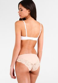 Triumph - AMOURETTE CHARM TAI - Briefs - neutral beige - 2