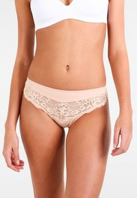Triumph - AMOURETTE CHARM TAI - Briefs - neutral beige - 0