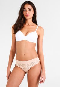 Triumph - AMOURETTE CHARM TAI - Briefs - neutral beige - 1