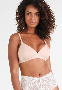 Triumph - BODY MAKE-UP - Reggiseno - smooth skin - 0