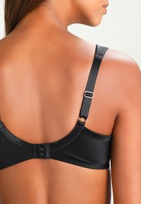 Triumph - TRUE SHAPE SENSATION  - Underwired bra - black - 4