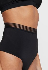Triumph - INFINITE SENSATION BANDEAU - Shapewear - black - 3