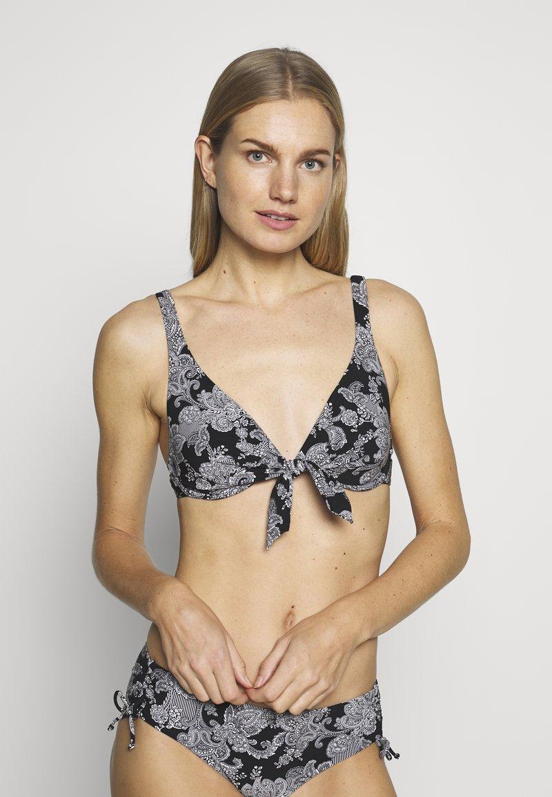 Triumph - CHARM ELEGANCE - Góra od bikini - black combination