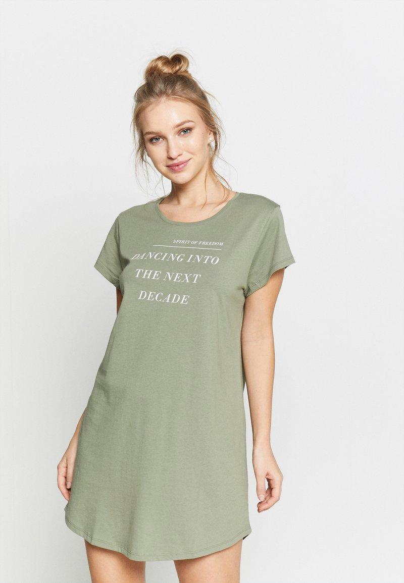 Triumph - NIGHTDRESSES - Noční košile - moss green