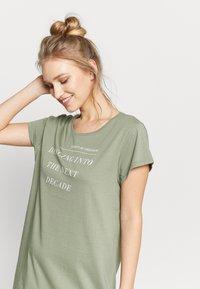 Triumph - NIGHTDRESSES - Noční košile - moss green - 3