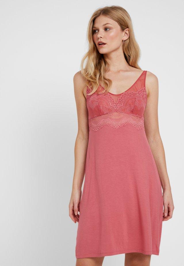 DARLING SPOTLIGHT - Camicia da notte - baroque rose
