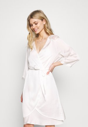 BRIDAL ROBE - Dressing gown - white