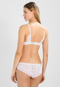 Triumph - DARLING SPOTLIGHT BRAZ - Slip - white - 2
