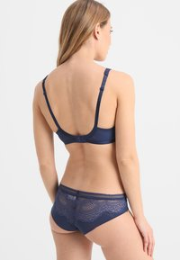 Triumph - DARLING SPOTLIGHT BRAZ - Underbukse - deep water - 2