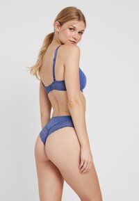 Triumph - AMOURETTE SPOTLIGHT HIPSTER - Shorty - cosmic blue - 2